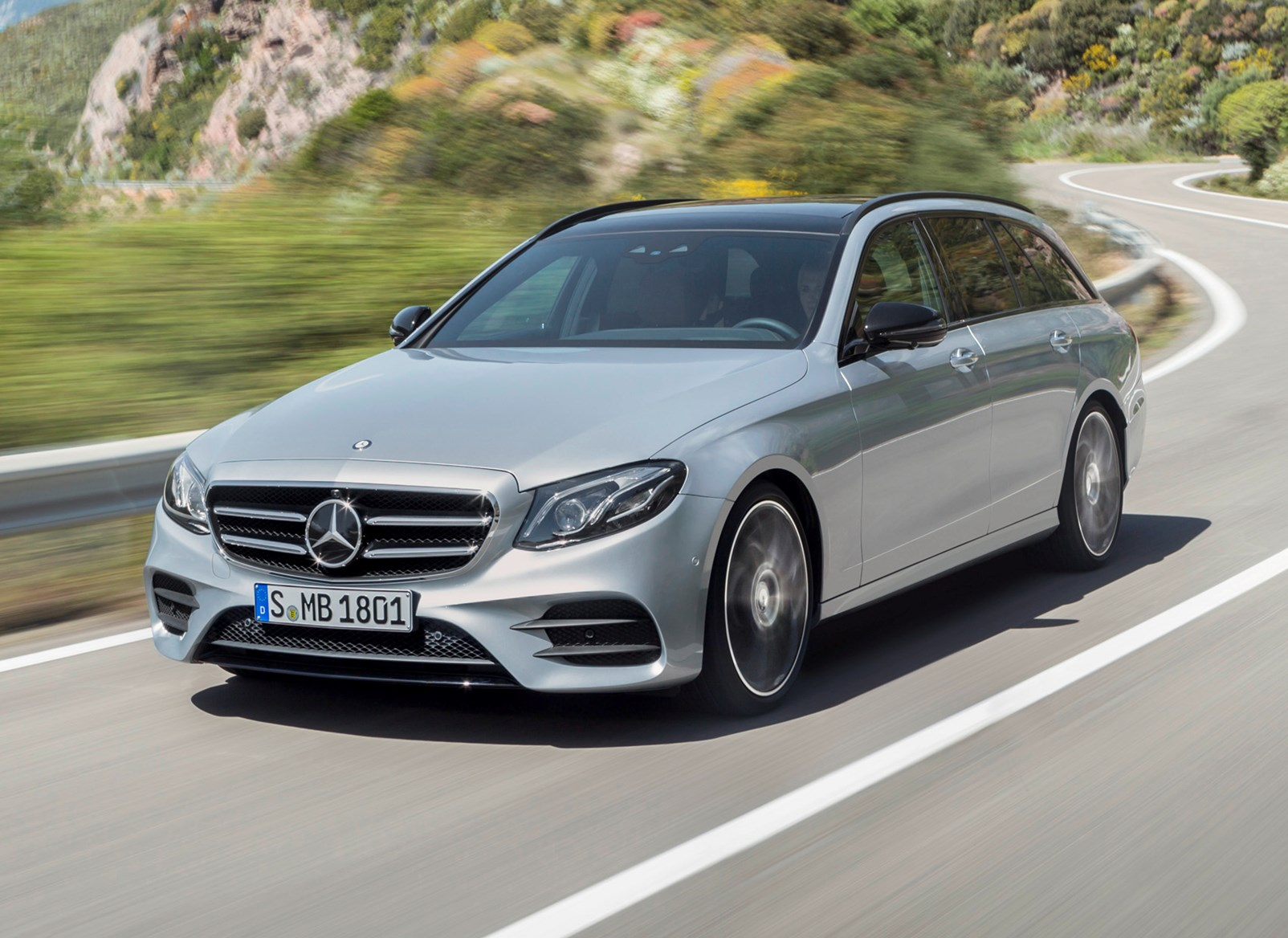 Mercedes benz e class estate 2016 photos parkers for Mercedes benz silver
