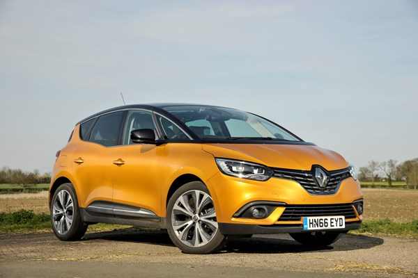 renault scenic (2016) review | parkers
