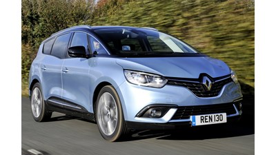 Renault Grand Scenic Estate Iconic TCe 140 5d