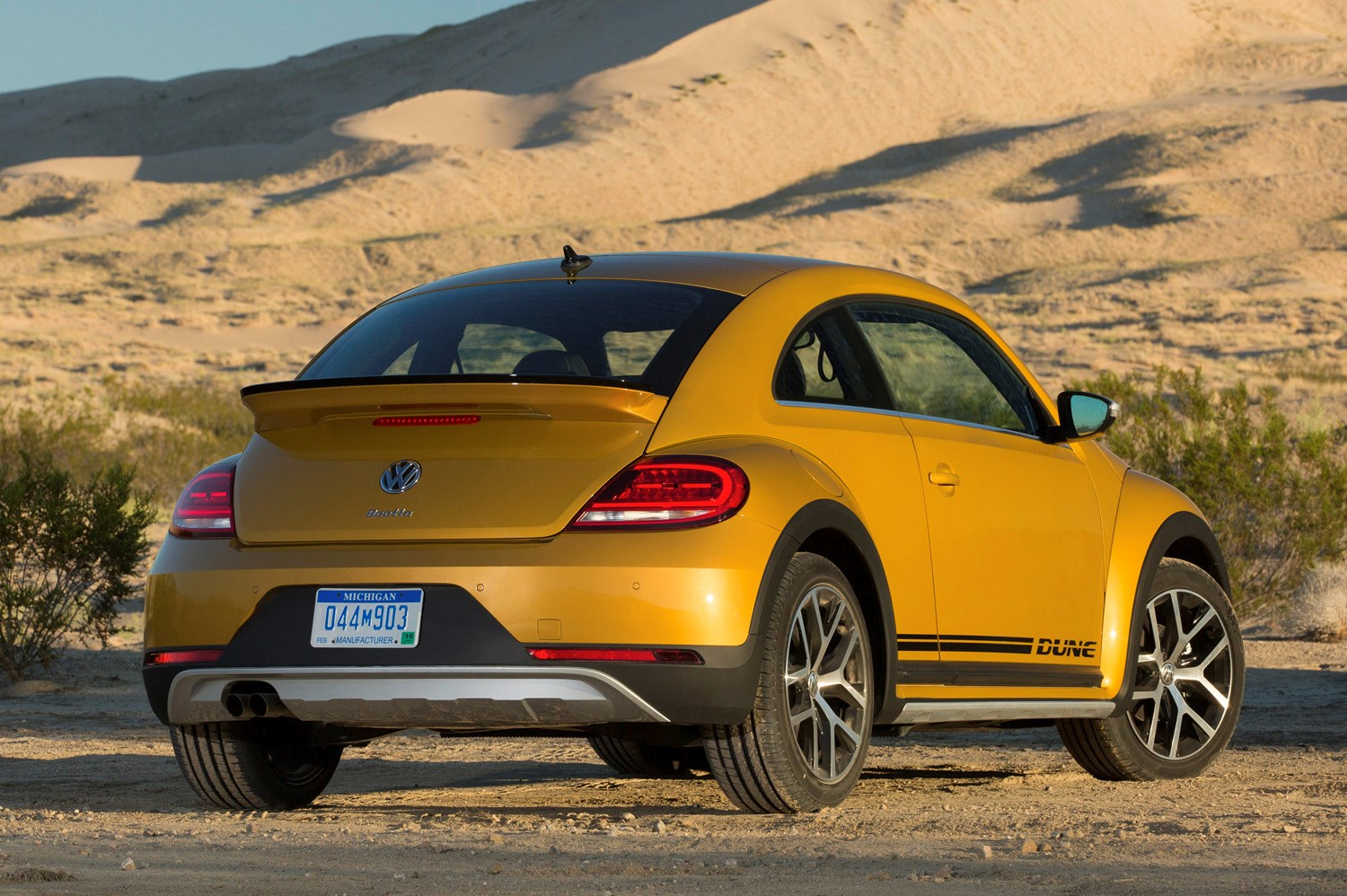 Volkswagen Beetle Dune Coupe 2016 Running Costs Parkers