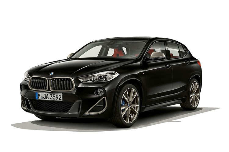 Black 2019 BMW X2 M35i front three-quarter