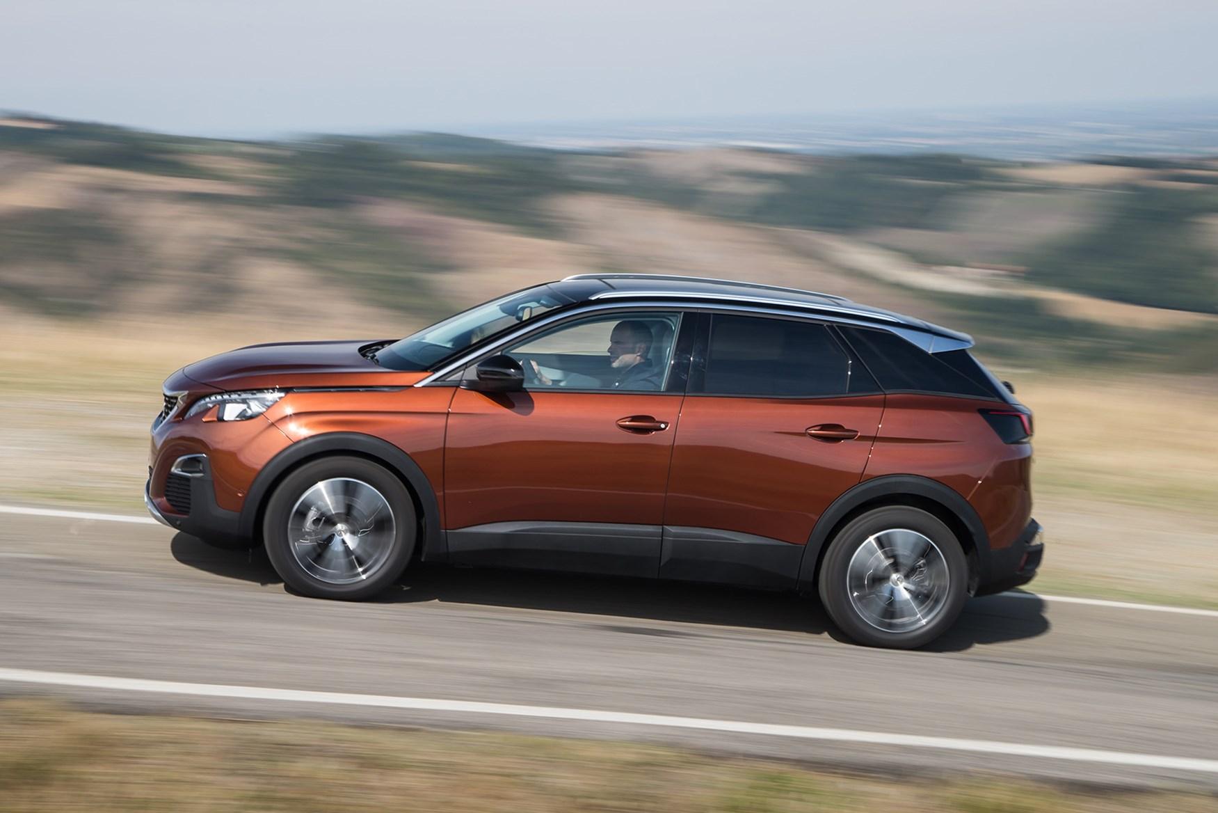 Peugeot 3008 SUV (2016 - ) Photos | Parkers