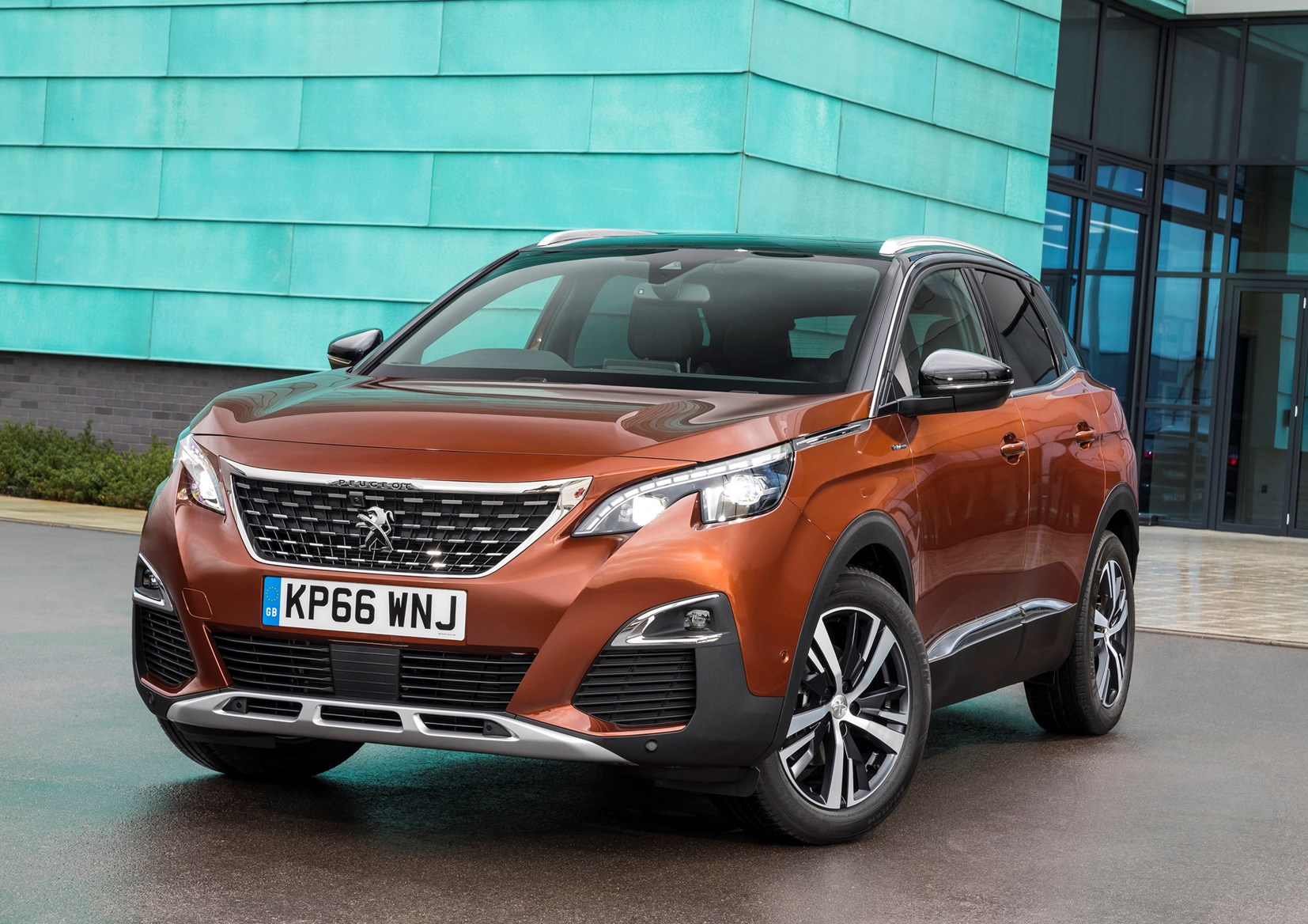 Peugeot 3008 SUV (2016 - ) Photos