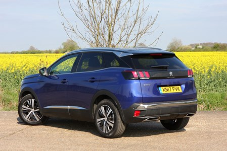 Peugeot 3008 Suv 2016 Buying And Selling Parkers