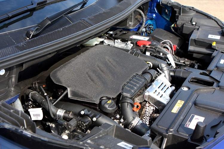 горит check engine peugeot 3008 1,6 thp
