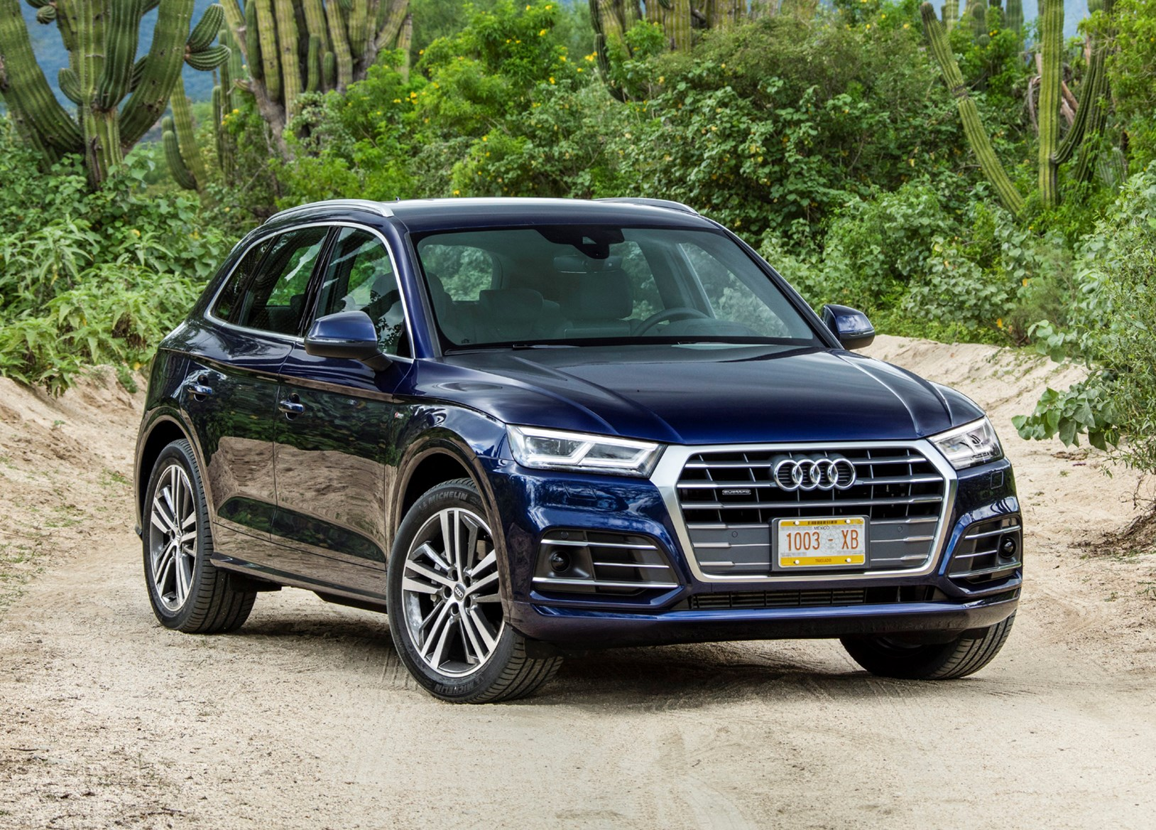 audi q5 suv review 2016 parkers autos post. Black Bedroom Furniture Sets. Home Design Ideas