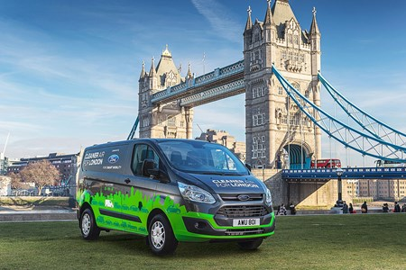958684a760 Ford Transit Custom Plug-in Hybrid (PHEV) - payload and load volume