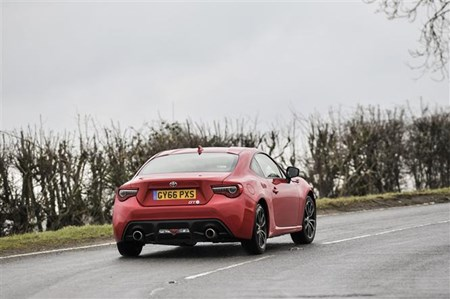 Toyota GT86: Putting it to the test   Parkers