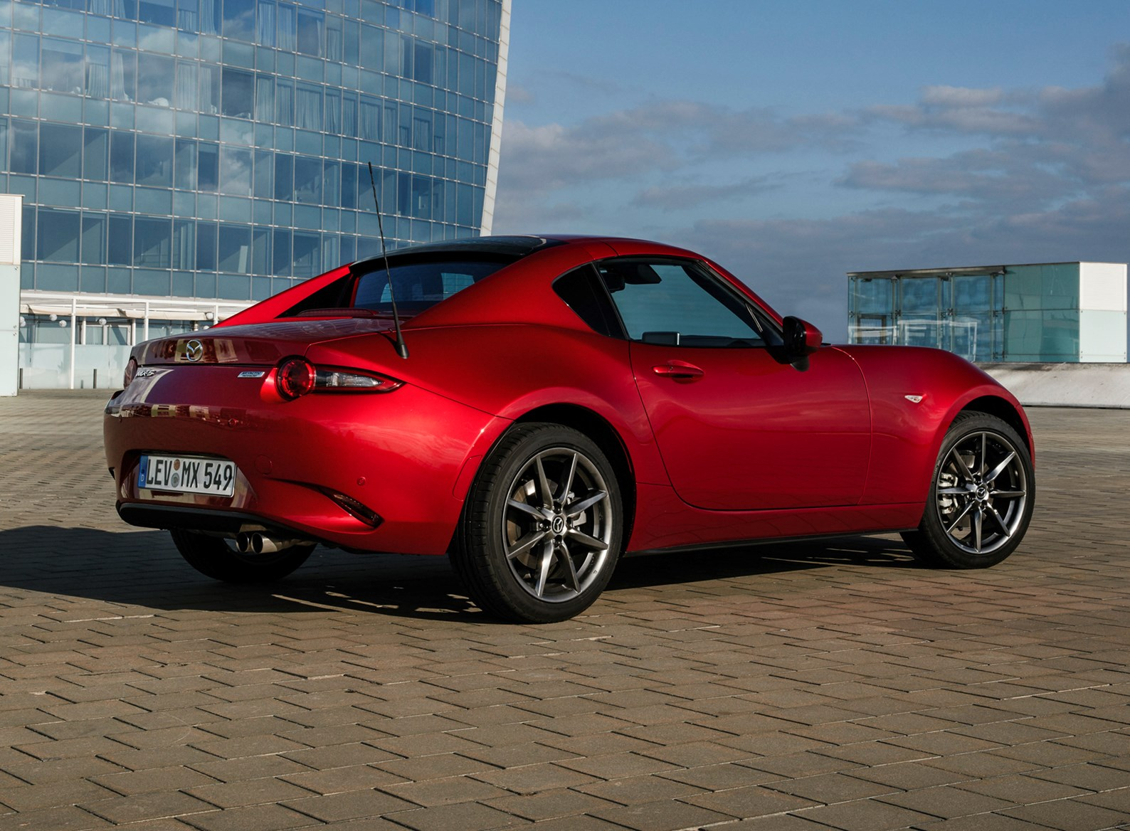 2017 Mx 5 Rf >> Mazda MX-5 RF (2017 - ) Photos | Parkers
