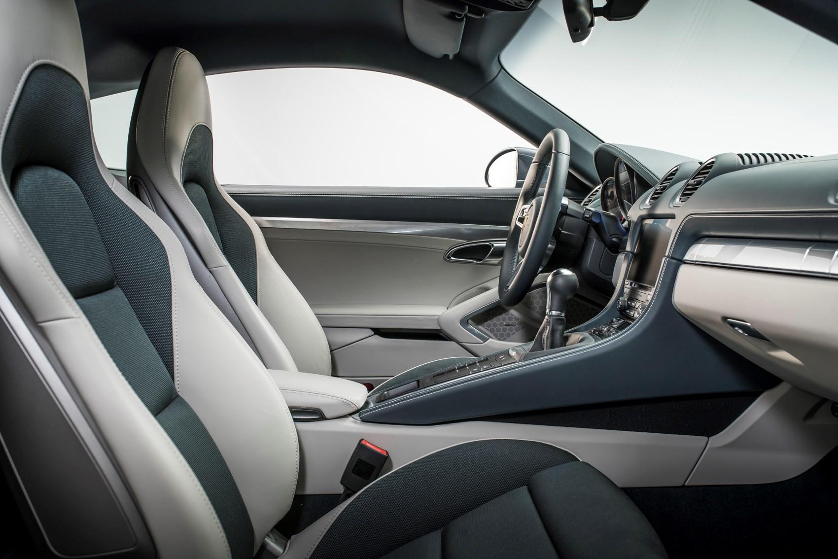 porsche 2017 718 cayman coupe interior detail