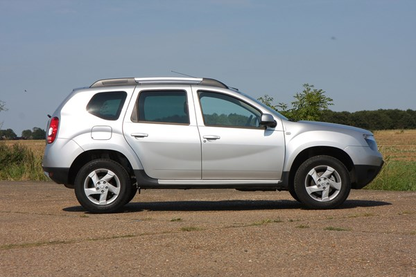 Dacia Duster Best Crossover Cars