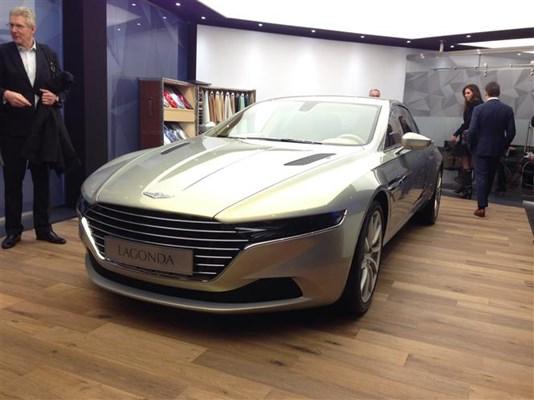 Geneva 2015 Aston Martin Parkers