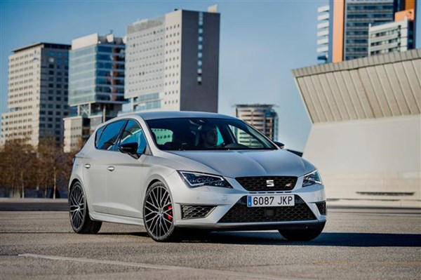 2017 seat leon to get digital dash and awd cupra model parkers. Black Bedroom Furniture Sets. Home Design Ideas