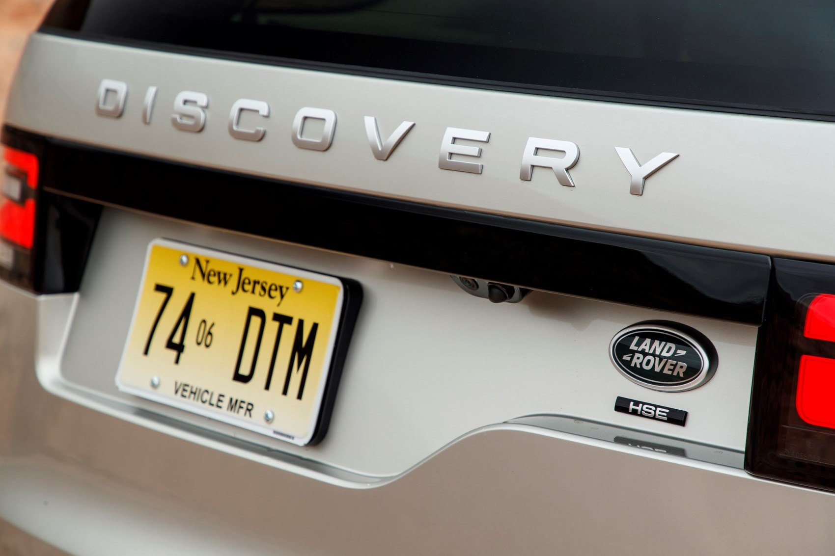 Land Rover Discovery Suv 2017 Photos Parkers