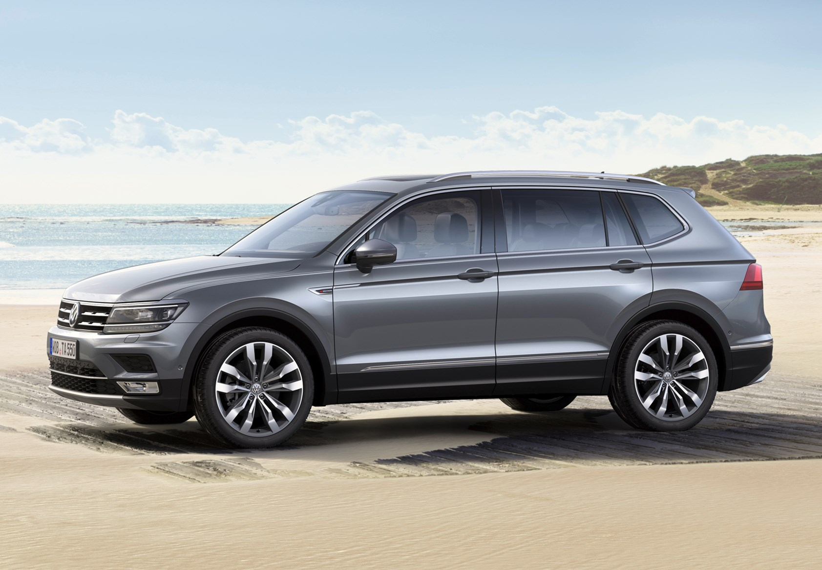 volkswagen tiguan allspace 2017 photos parkers. Black Bedroom Furniture Sets. Home Design Ideas