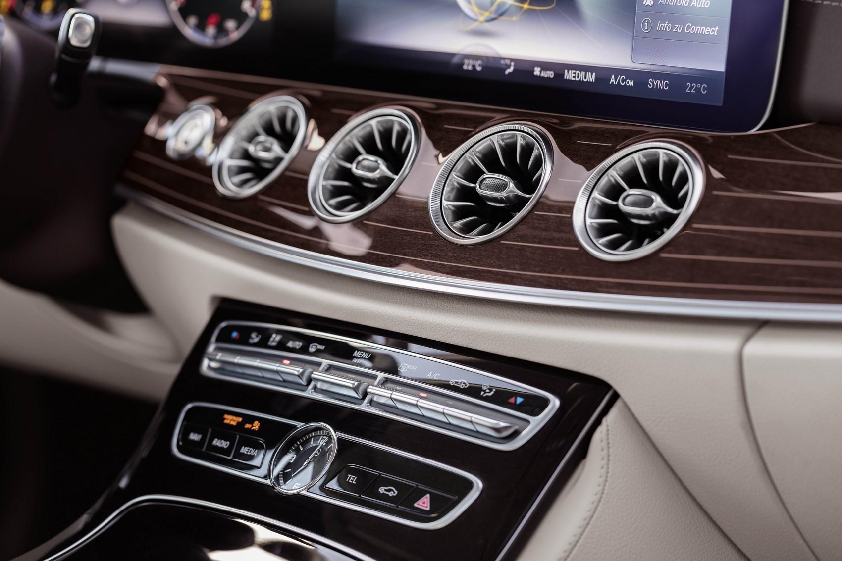 Mercedes benz e class coup 2017 photos parkers for Mercedes benz detailing