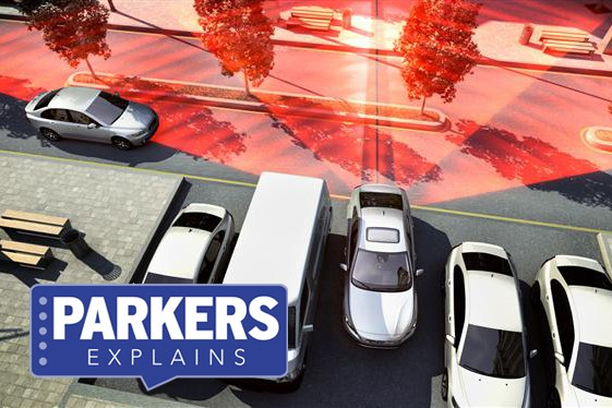 What is cross-traffic alert?   Parkers