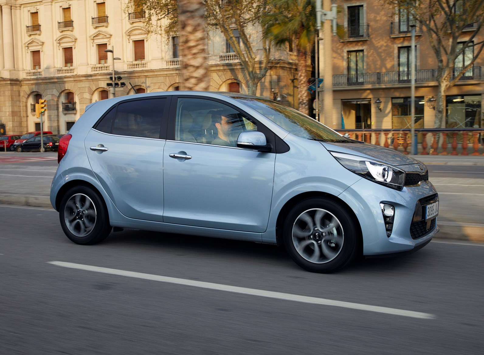 Kia Picanto Hatchback (2017 - ) Driving & Performance | Parkers