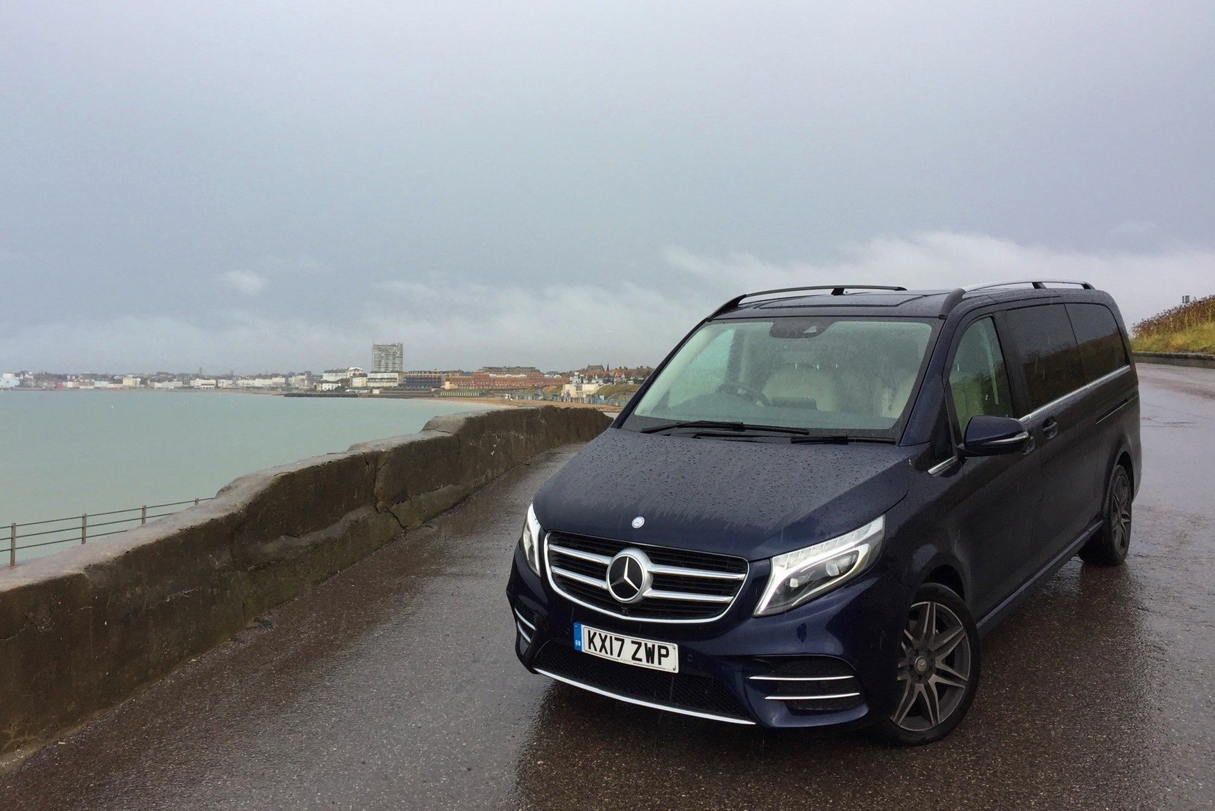 mercedes benz v class amg images galleries with a bite. Black Bedroom Furniture Sets. Home Design Ideas