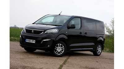 Peugeot Traveller MPV Business Standard 2.0 BlueHDi 150 S&S (9 seats) 5d