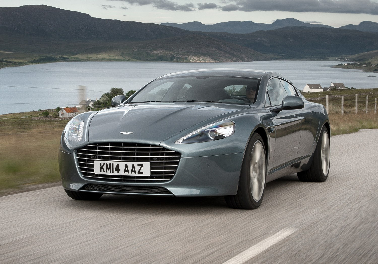 Aston Martin Rapide Review Driving Parkers