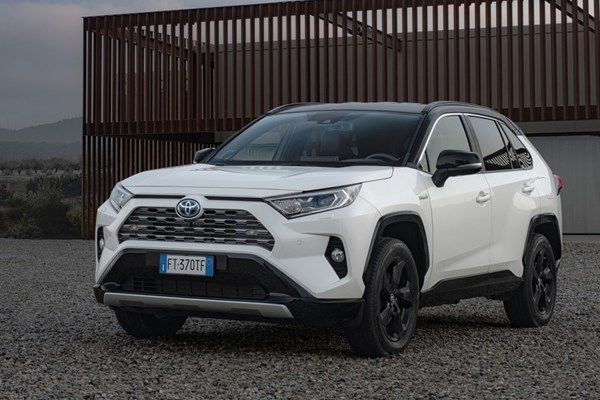 Toyota Hybrid Cars >> Best Hybrid Cars In The Uk 2020 Parkers
