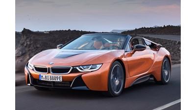 BMW i8 Roadster auto 2d