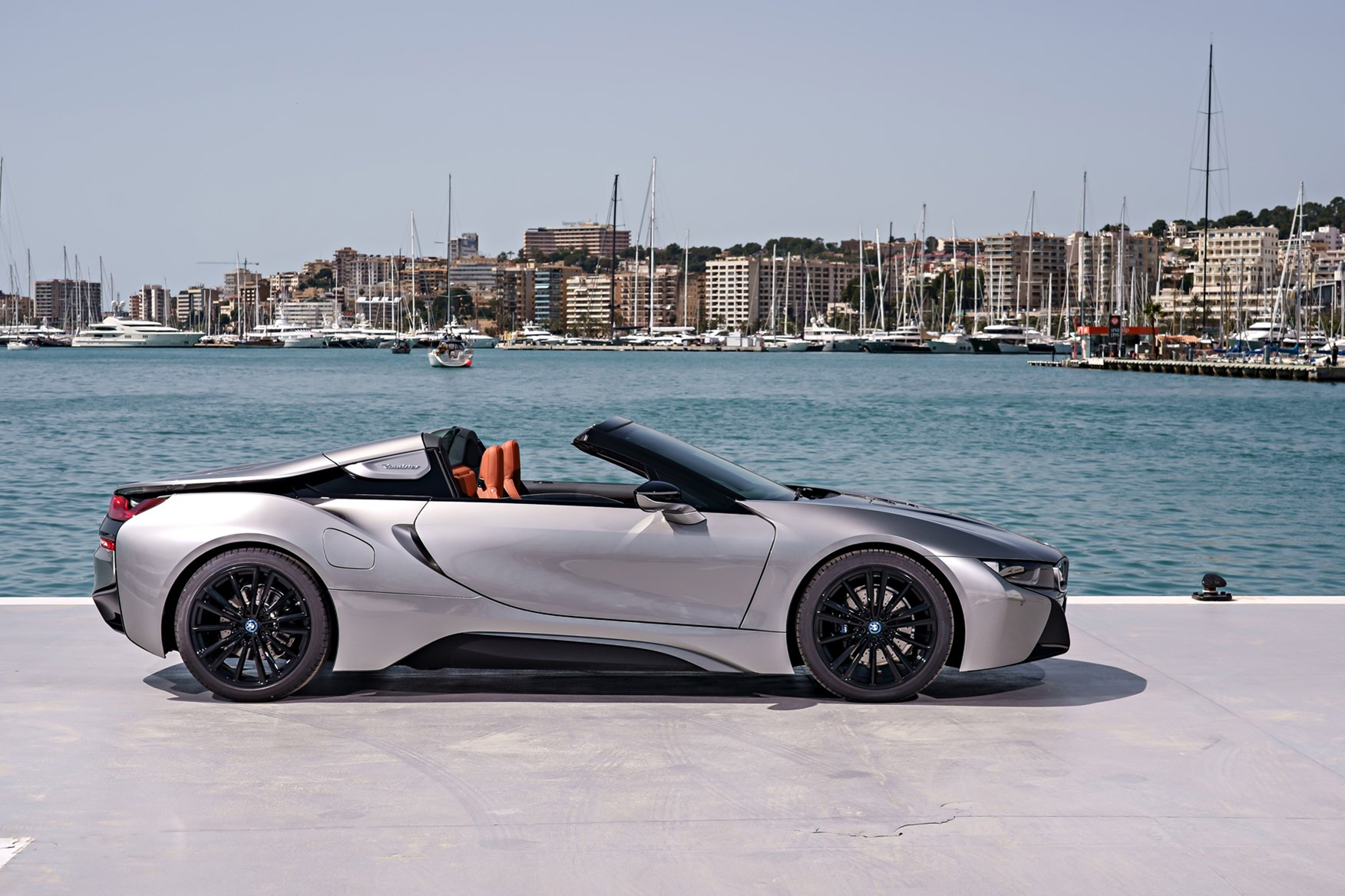 Bmw I8 Roadster 2018 Photos Parkers