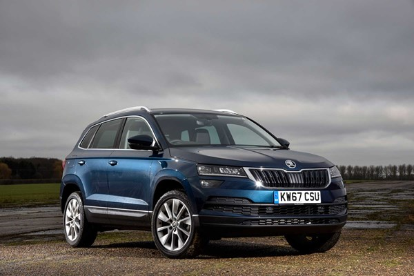 skoda karoq se technology adds company car fleet appeal parkers. Black Bedroom Furniture Sets. Home Design Ideas