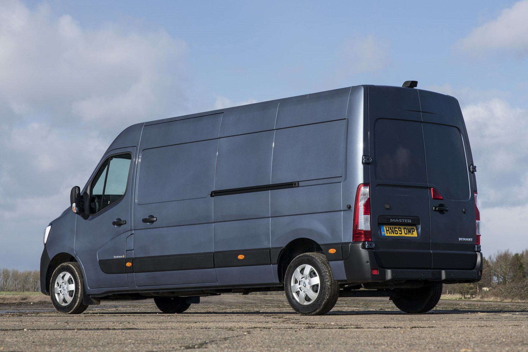 Renault Master review, 2020, rear view