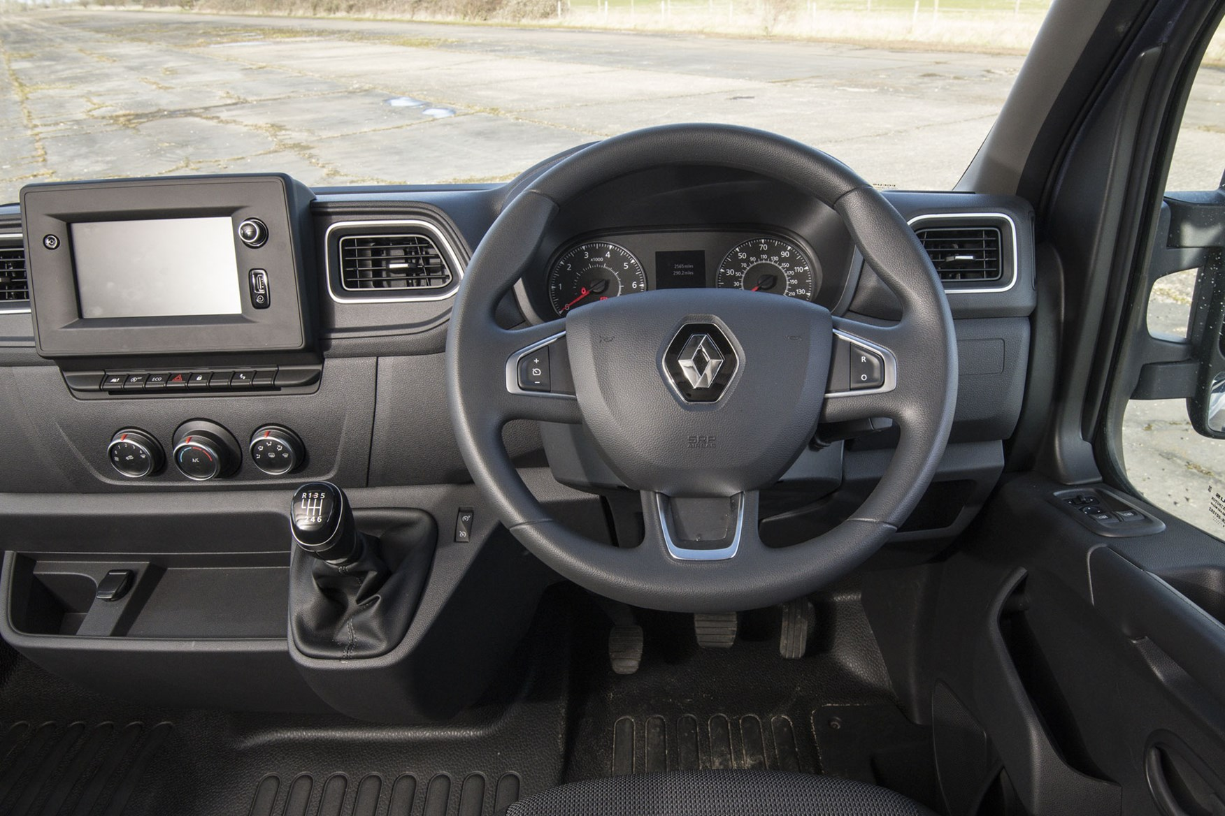 Renault Master review, updated 2019 cab interior, right-hand drive, steering wheel, instrument cluster