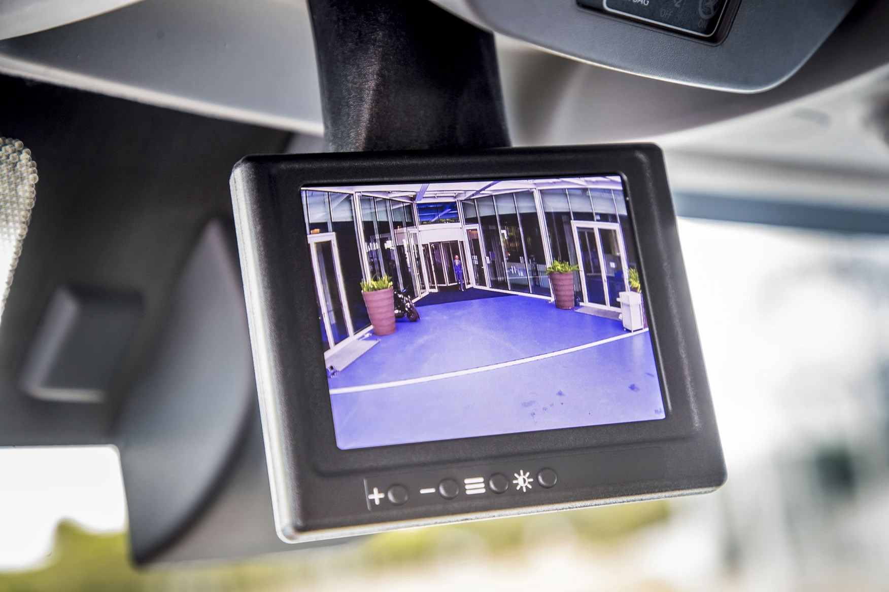 Renault Master review - 2019 facelift cab interior, showing rear view camera system