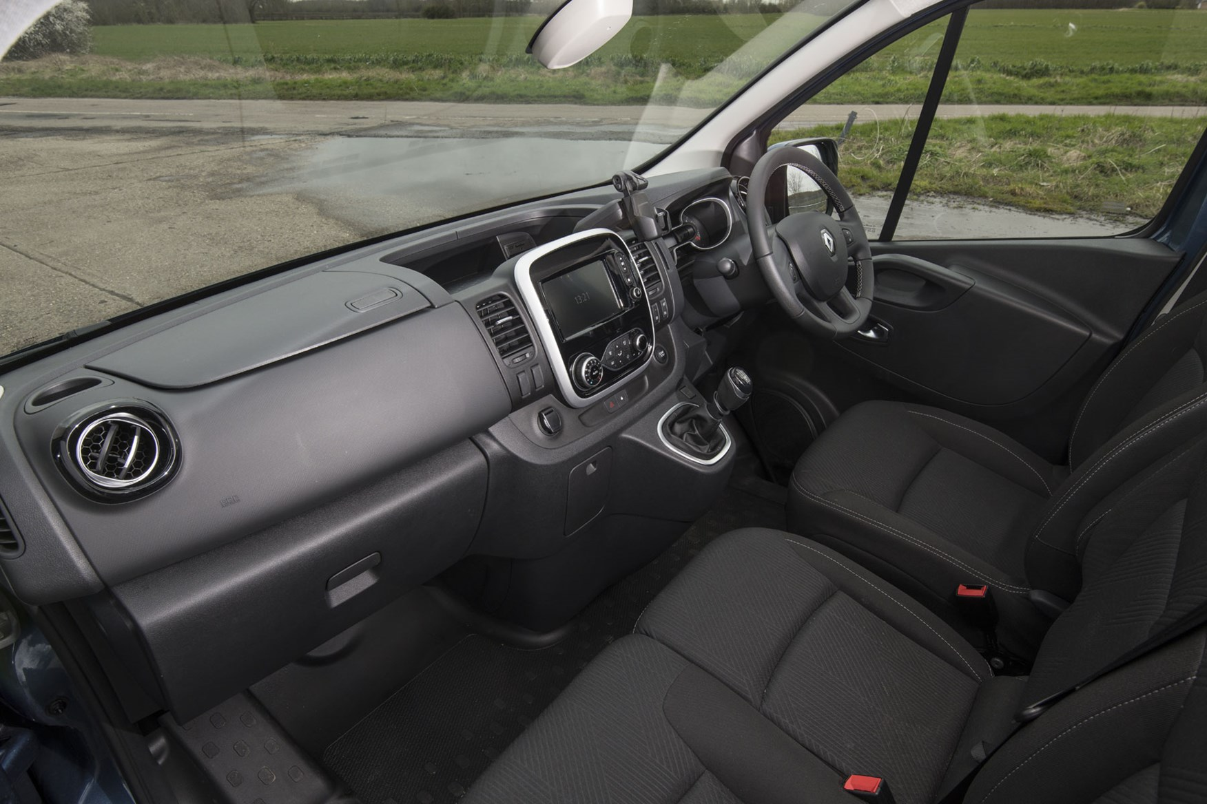 Renault trafic review - facelift, cab interior from passenger side, 2020