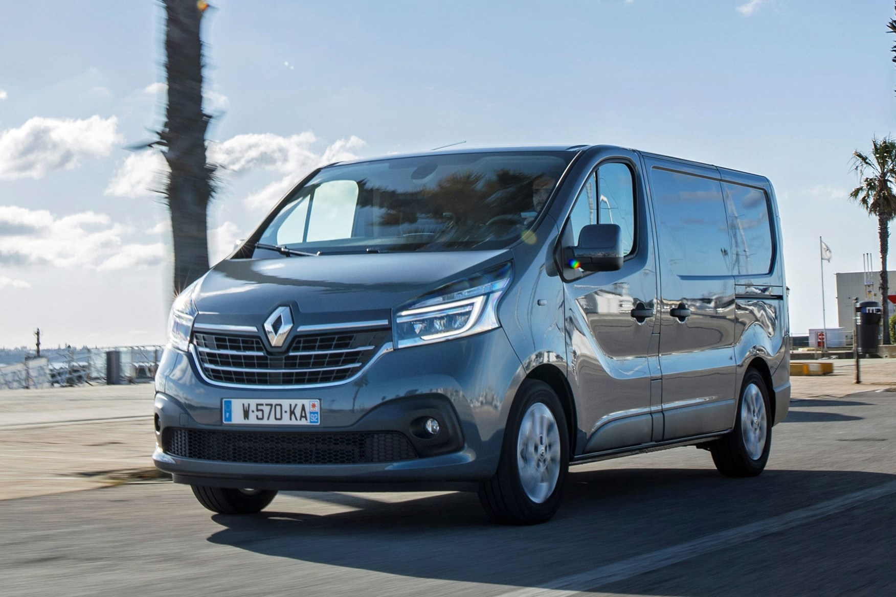Renault Trafic review - 2019 facelift, front view, driving, grey