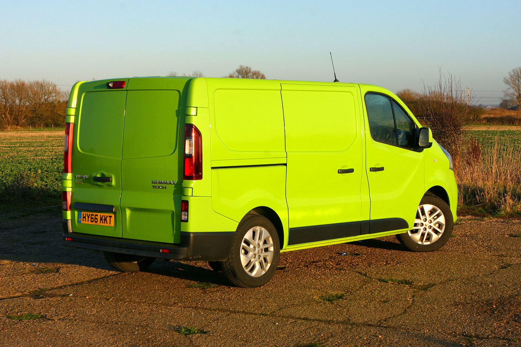 Renault Trafic Sport Euro 6 review - rear view, green
