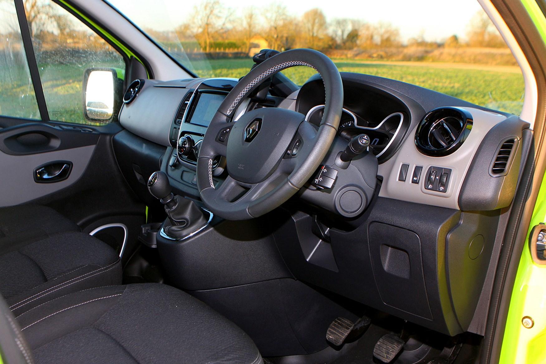 Renault Trafic Sport Euro 6 review - cab interior