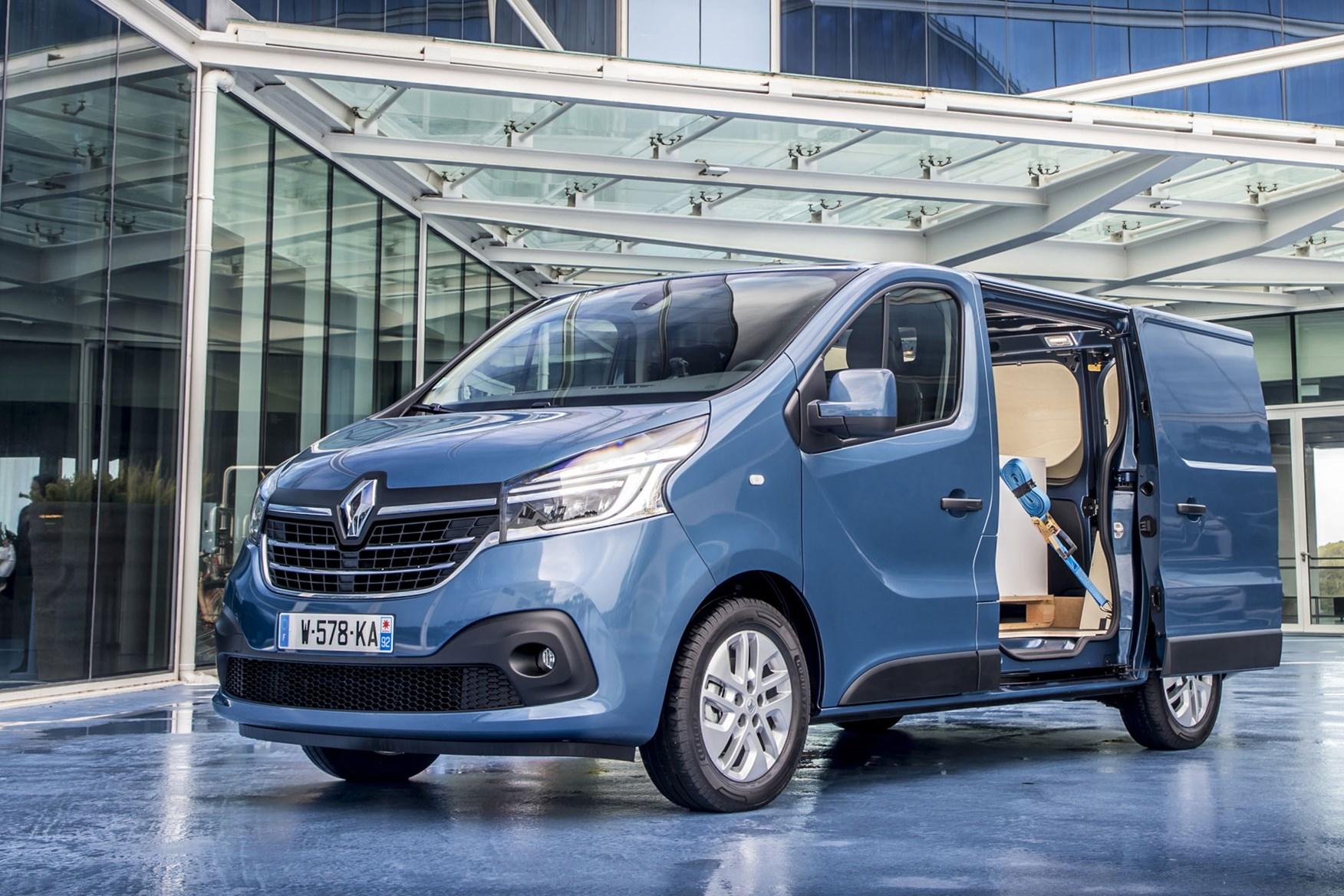 Renault Trafic van dimensions (2014-on), capacity, payload ...