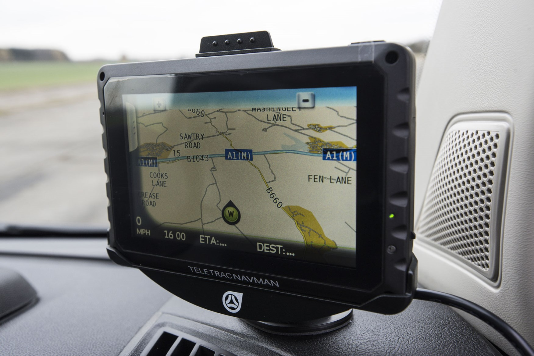 Citroen Relay review - Teletrac sat-nav and vehicle tracking system