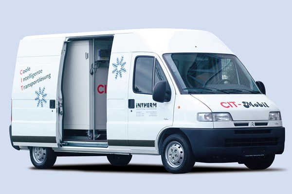 Citroen Relay review on Parkers Vans - load area, dimensions and payload