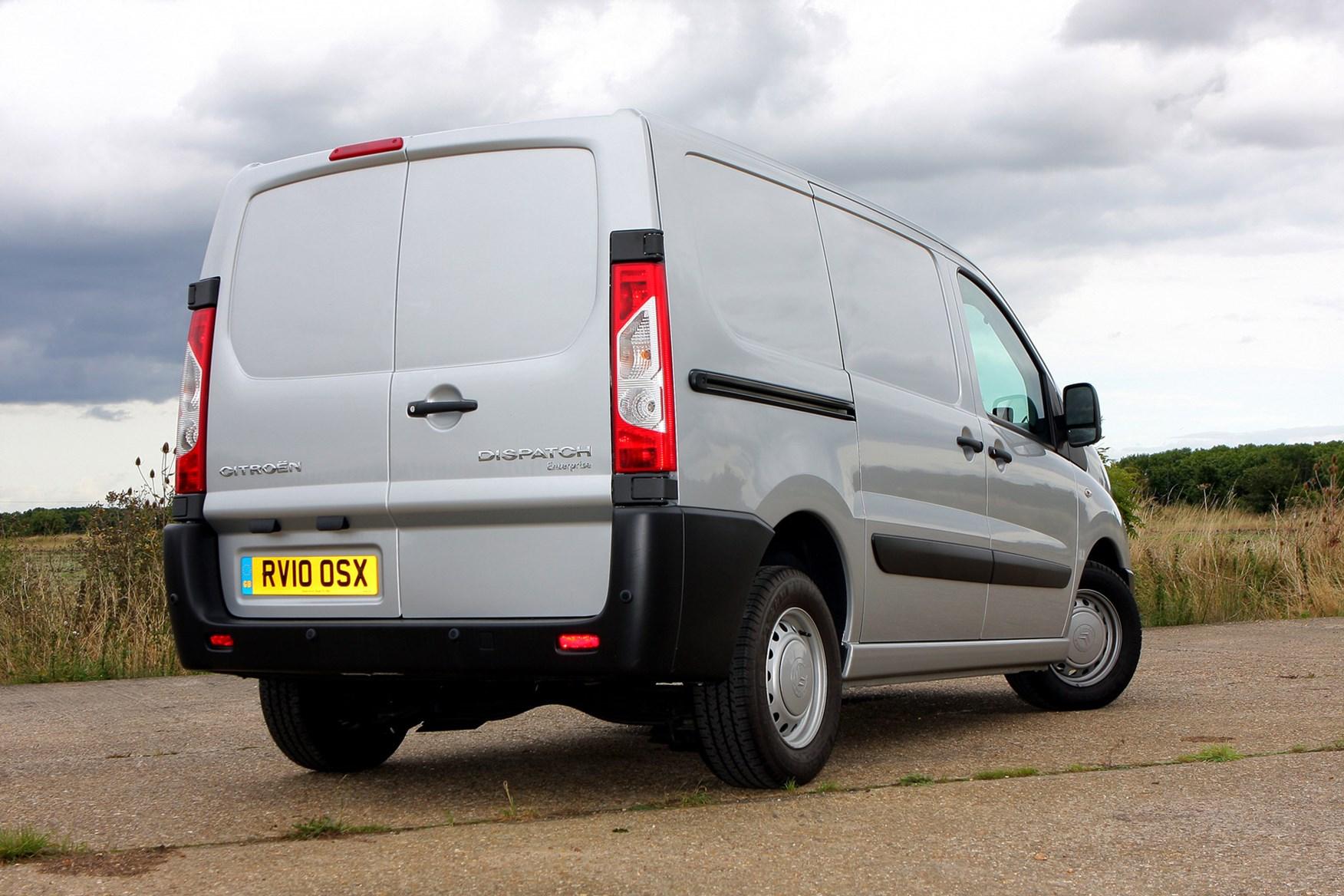 Citroen Dispatch full review on Parkers Vans - rear