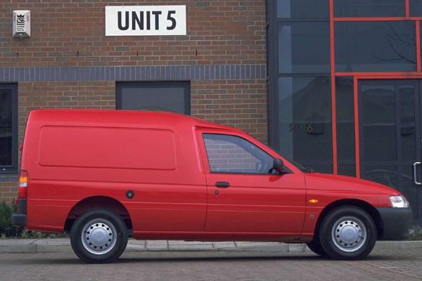 25d3eb27bc Ford Escort van dimensions (1991-2002)