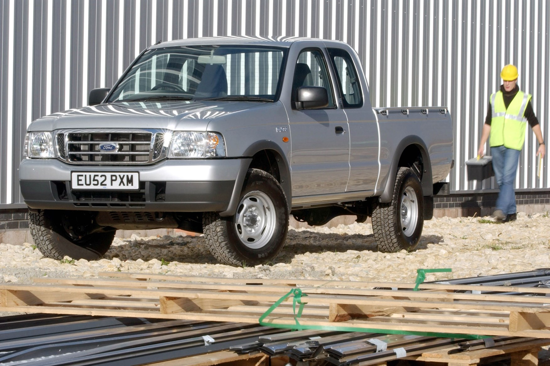 Ford Ranger (1999-2006) front view