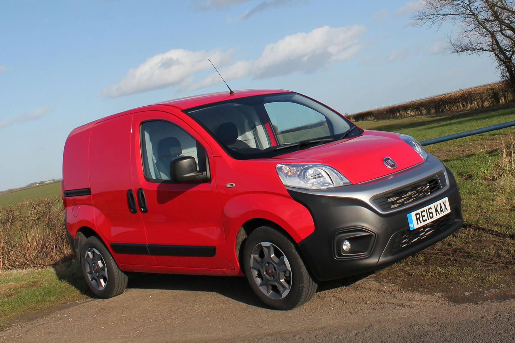 Fiat Fiorino review - front view, red, jaunty