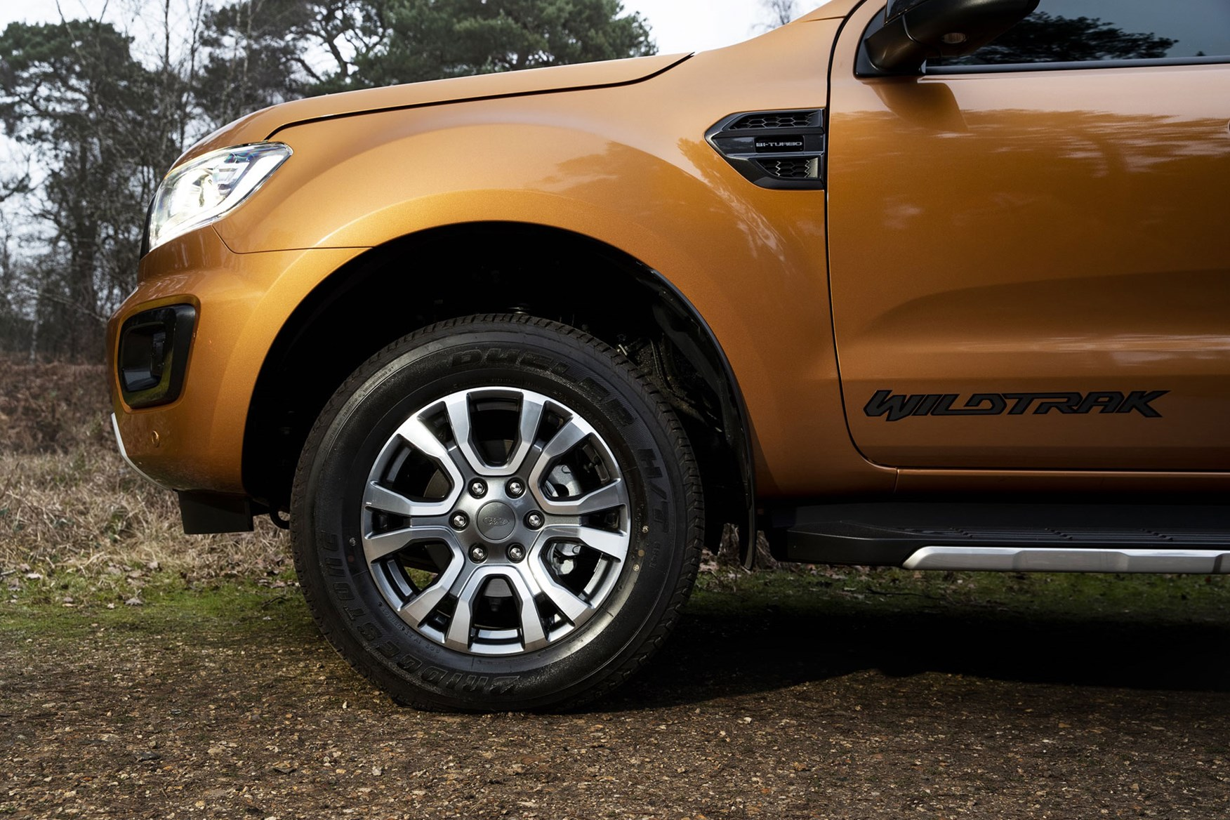 Ford Ranger review - 2019 facelift, close-up of front wheel and wing area, orange
