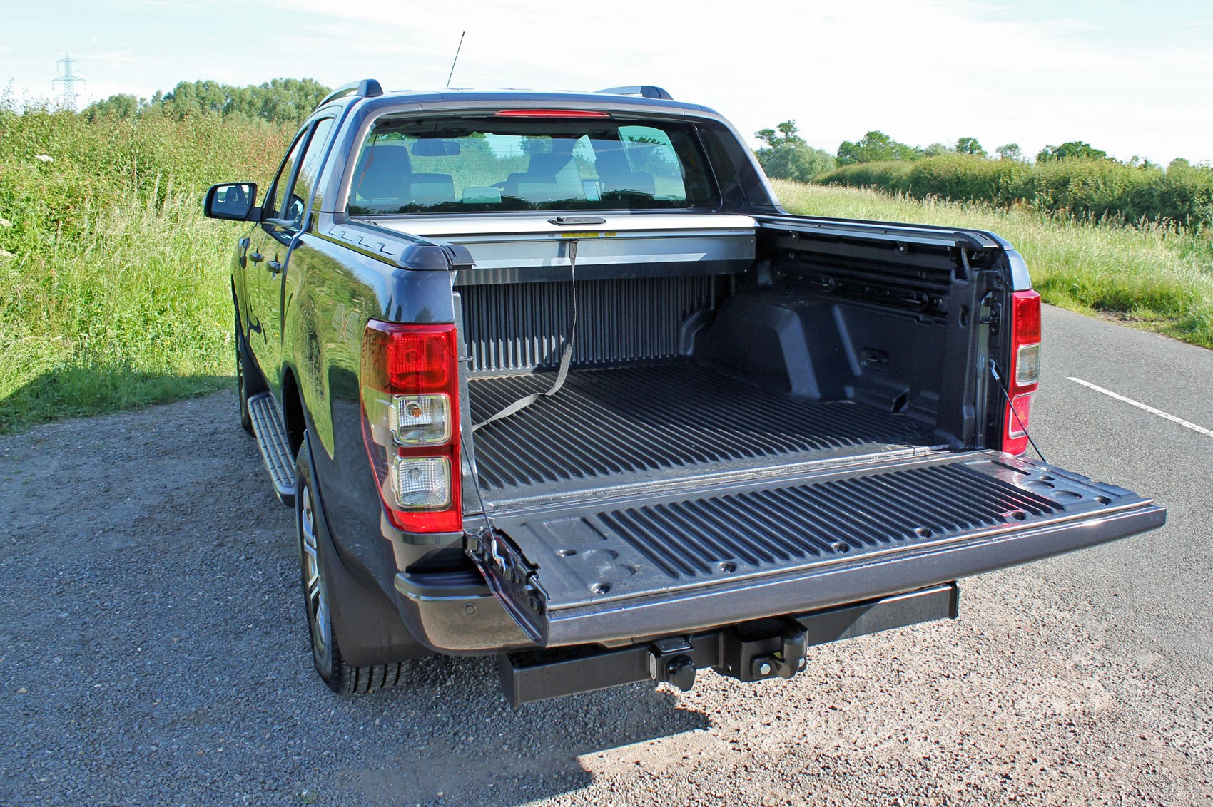 Ford Ranger Wildtrak Euro 6 review - load area