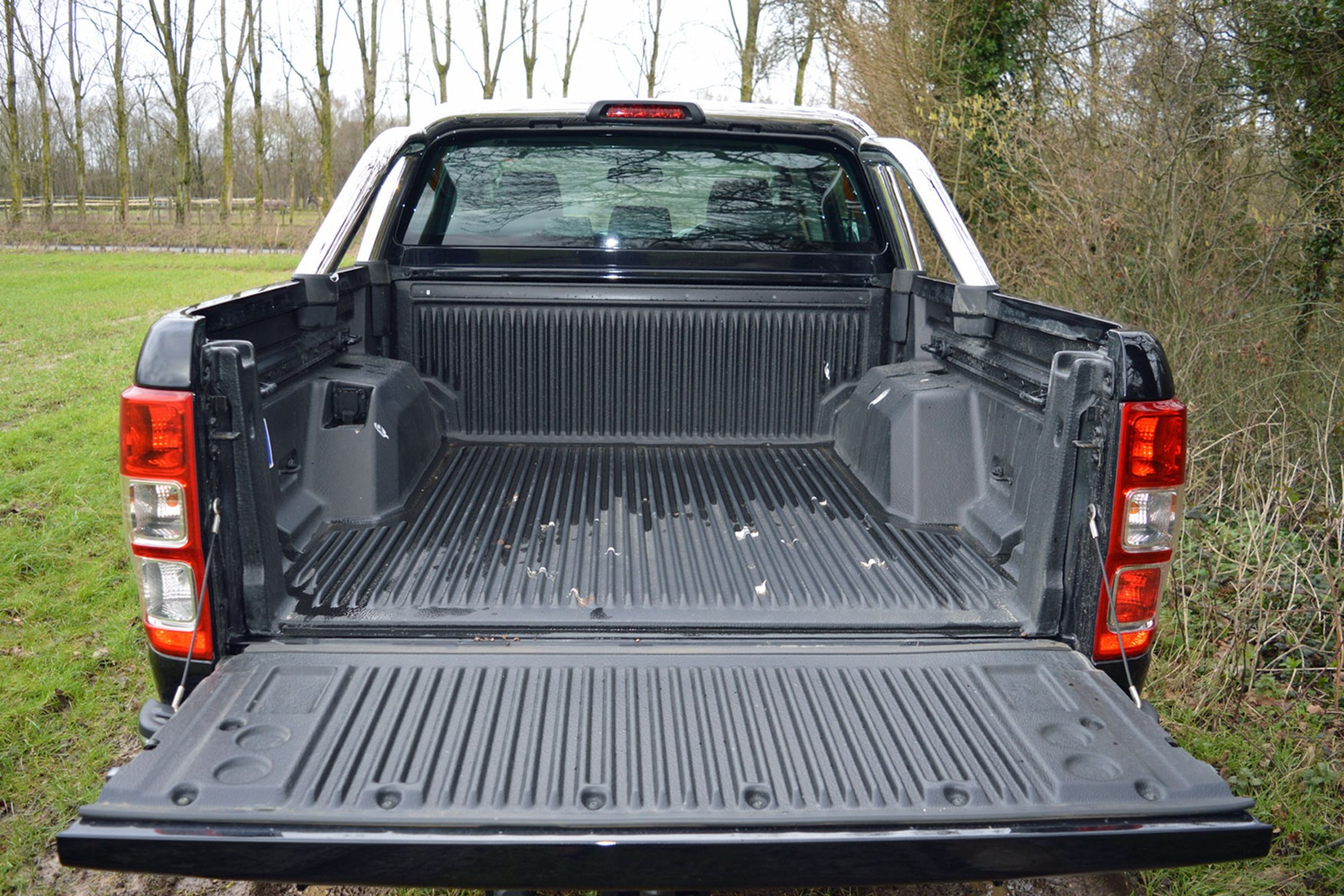 Ford Ranger Limited 3.2 Euro 5 review - load bed