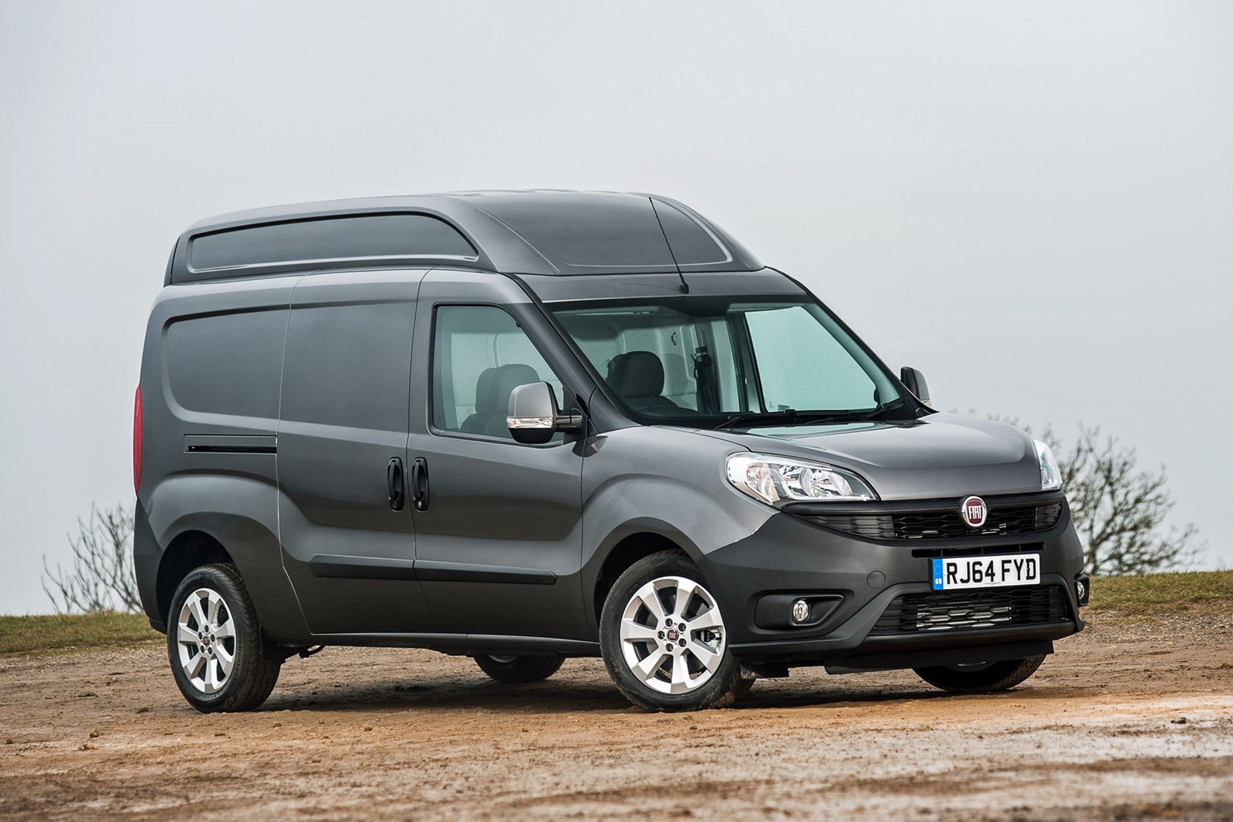 Fiat Doblo Maxi XL review - front view, grey, 2014