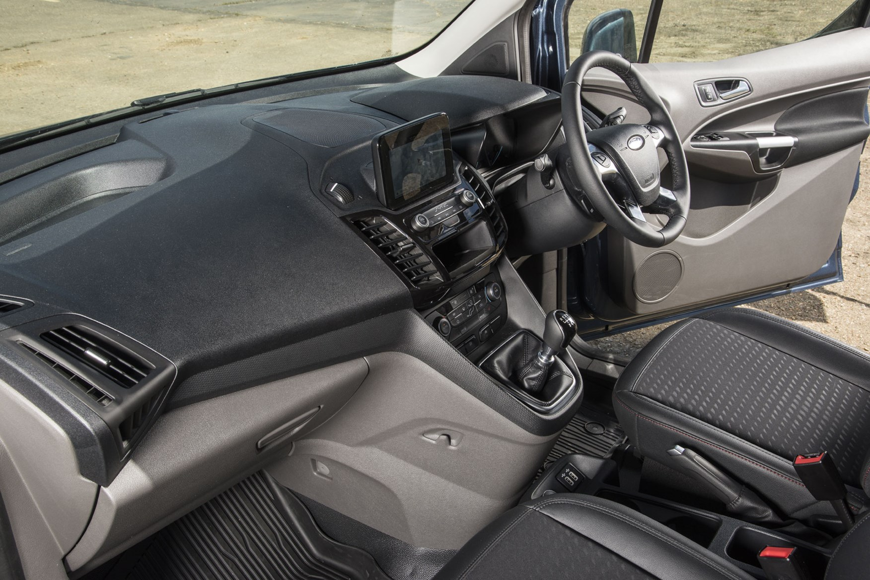 Ford Transit Connect review - 2018 Sport Van, cab interior