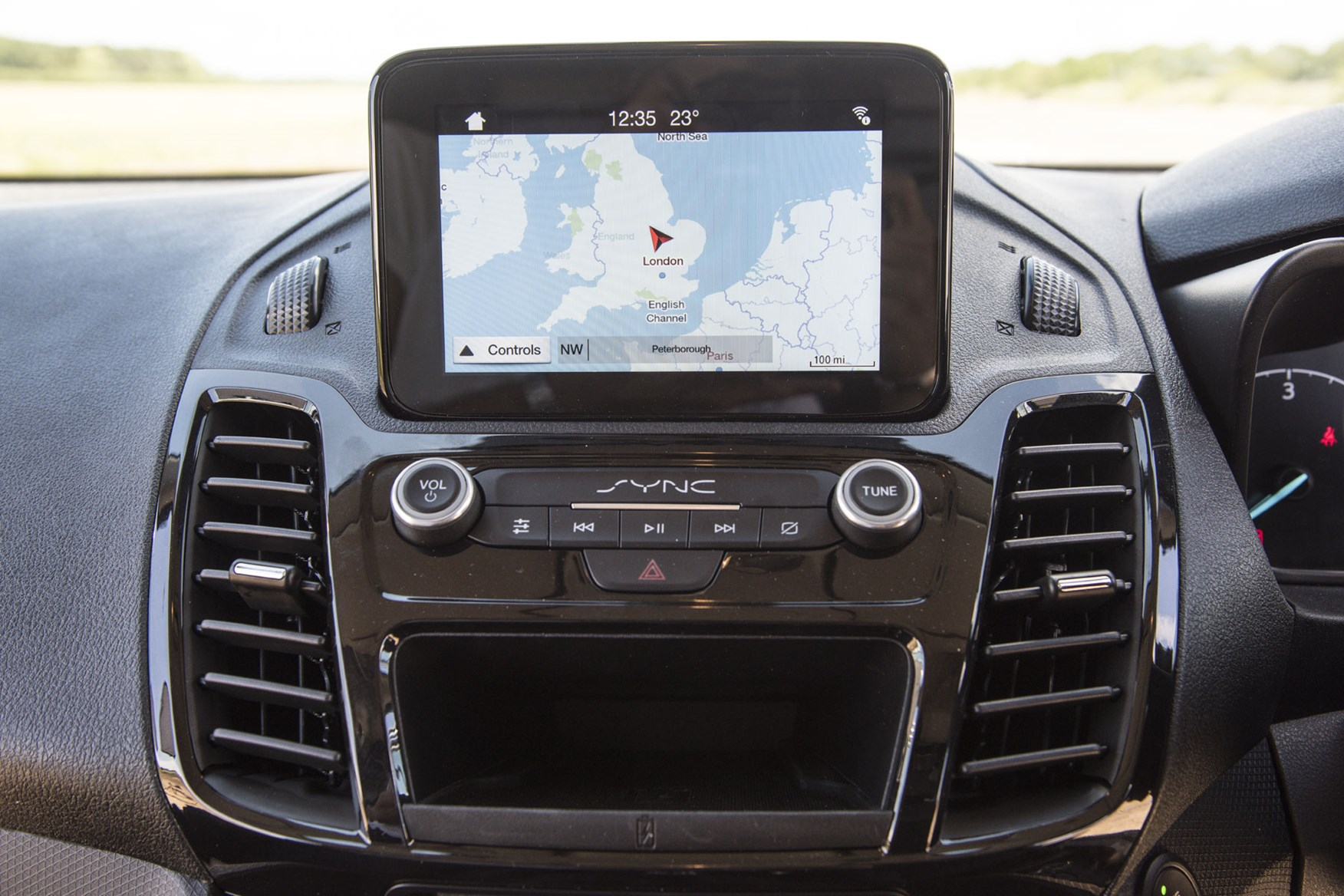 Ford Transit Connect review - 2018 Sync 3 infotainment screen