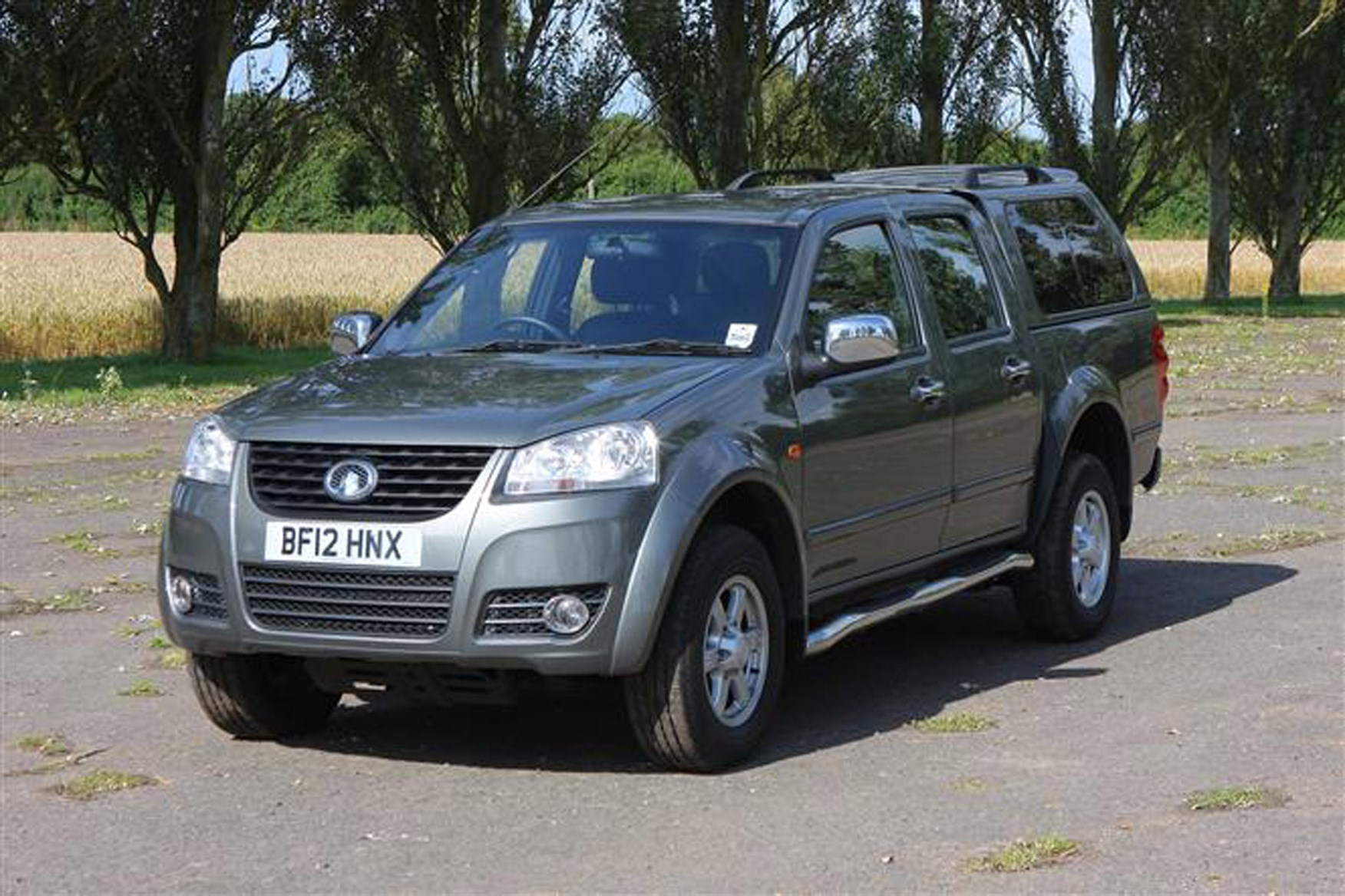 Great Wall Steed full review on Parkers Vans - front exterior